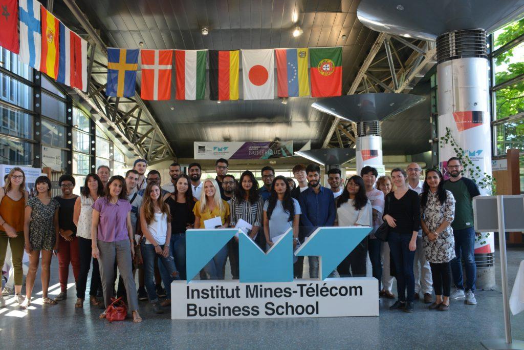 rentrée internationale 1024x683 - International Student Orientation